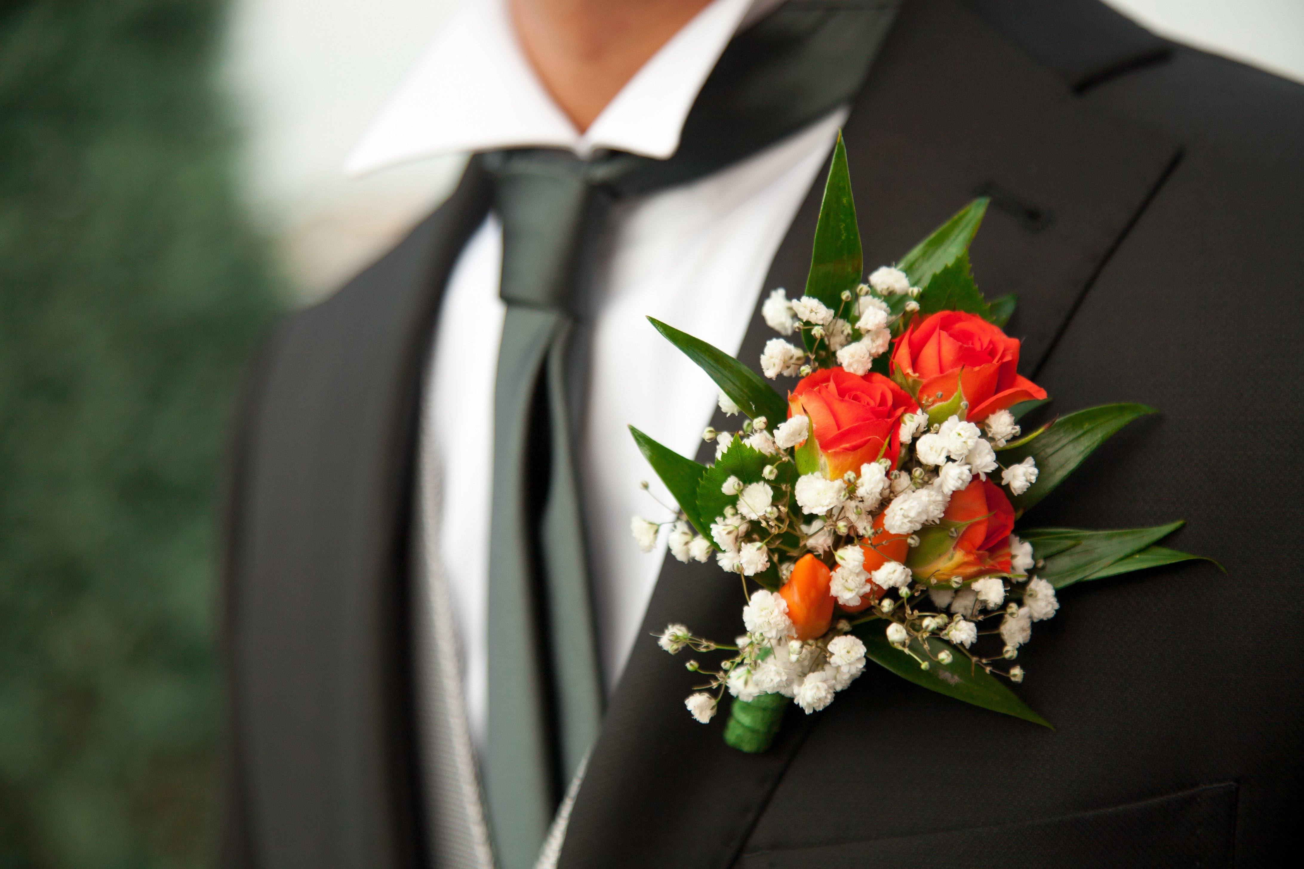 Make Your Own Diy Boutonnière Making For The Groom Is A Great Way To Add Personal Touch Wedding